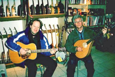 Paul Stowe und Trevor Morriss, Matching Ties